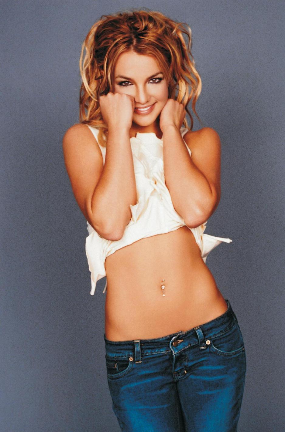 Britney lanza upskirt en febrero