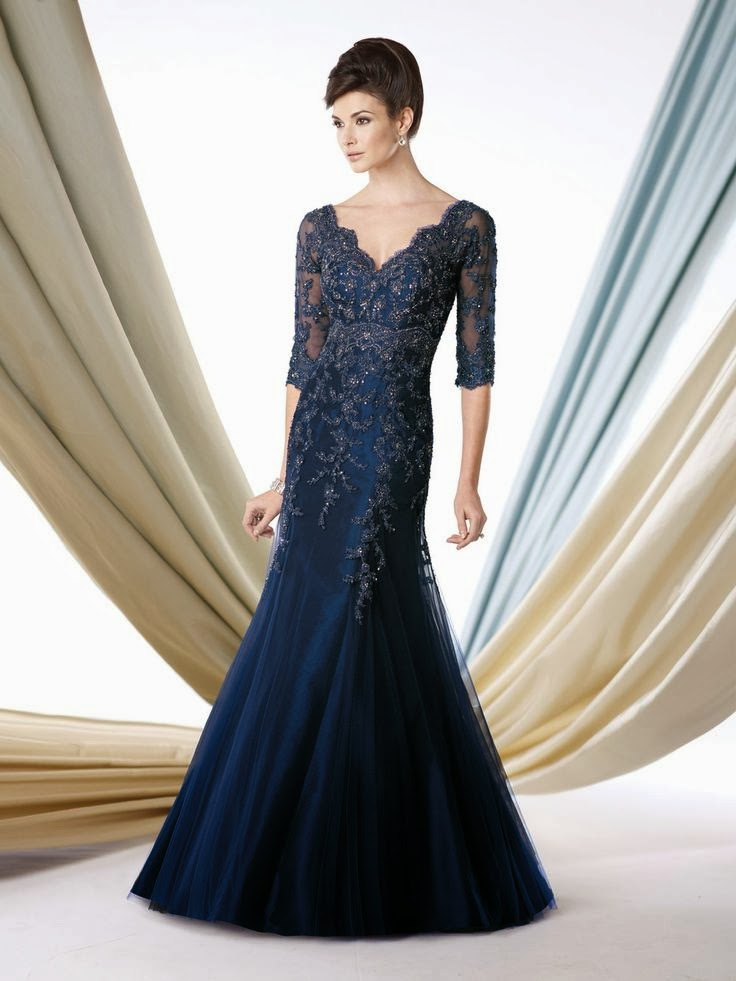 The Mermaid Silhouette Flatters Body From Chest To Knee It Is Very Por Among Las For Special Occasions Because A Dress Can Easily
