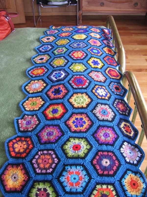 Arte para los Amigos: El crochet de la abuela se adueña del mundo