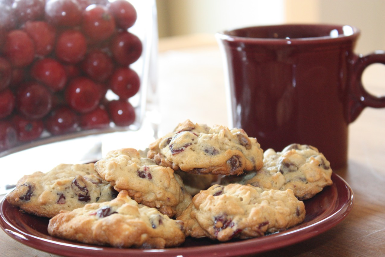 pass the peas, please: oatmeal cranberry white chocolate chunk cookies