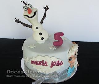 Um bolo Frozen para o aniversário da Maria João