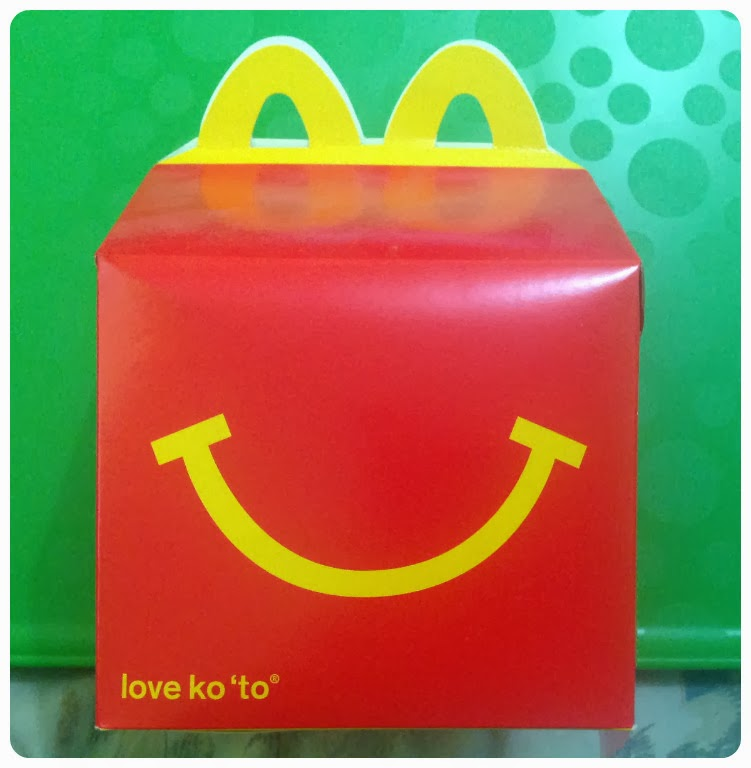 Fabuleux Accidental Foodist: McDonald's Happy Meal: The Box is Back! IV93