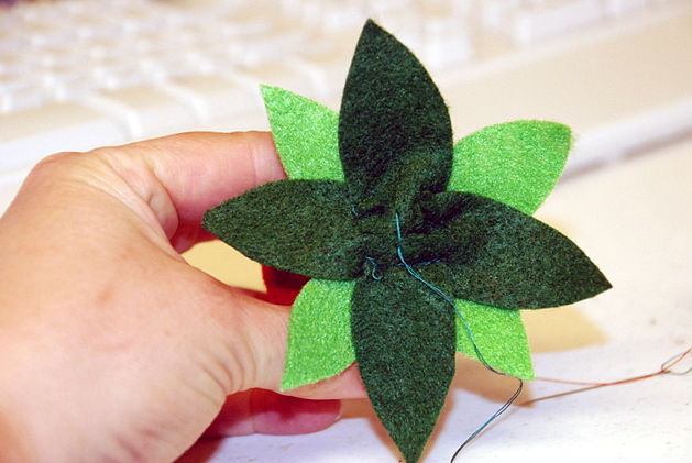 flores de fieltro manualidades
