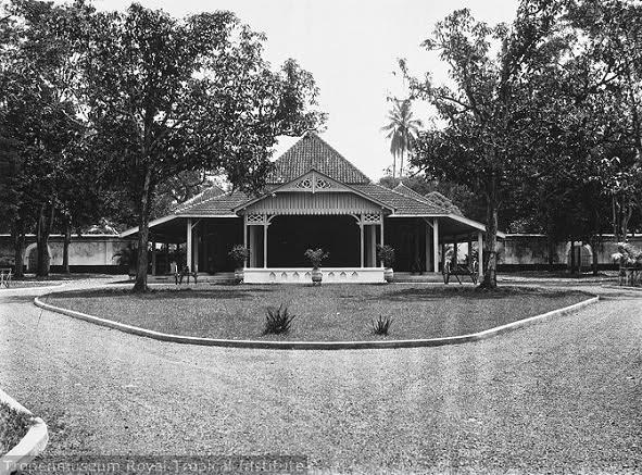 pendopo kabupaten purwokerto