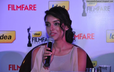 asin hot at idea filmfare awards pics