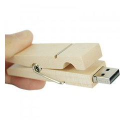 clothspeg usb