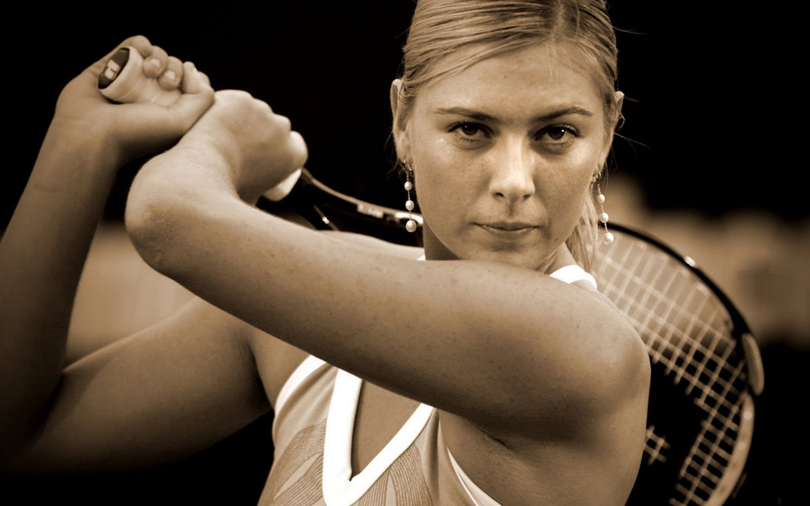 http://3.bp.blogspot.com/--CAlb97UaH8/TnELZX_I6tI/AAAAAAAAE_I/Qfpwnta8khU/s1600/Maria+sharapova+tennis+wallpapers+4.jpg#sharapova%20tennis%201600x1000