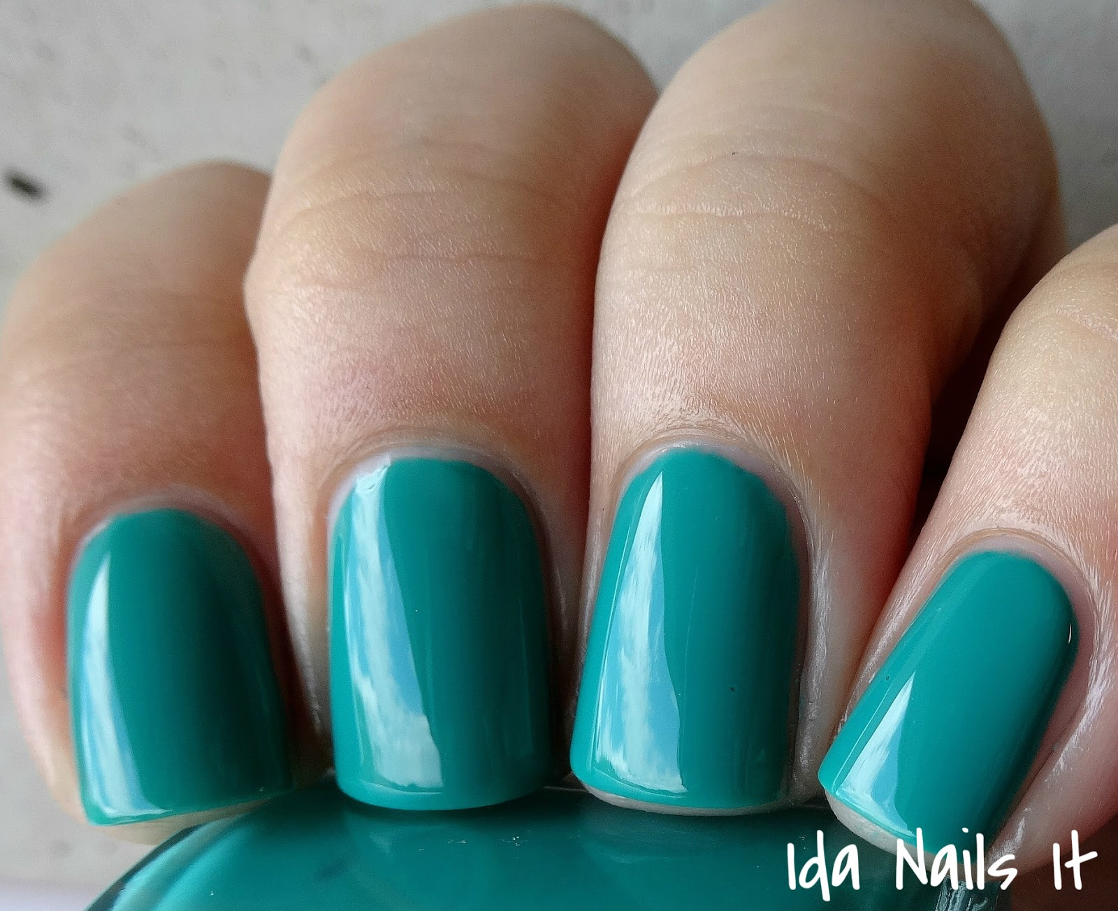 Ida Nails It: Essie Neon 2015 Collection: Swatches and Review