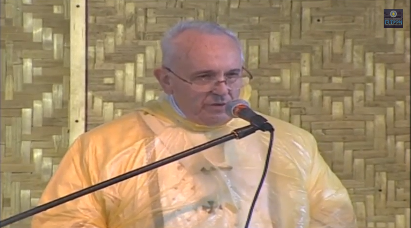 Pope Francis now in Tacloban for Holy Mass