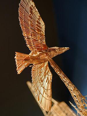 http://3.bp.blogspot.com/--CMtk0yfGwE/TclfsJvgI0I/AAAAAAAAPKM/IPY5sG5TiU4/s1600/toothpick-kinetic-sculpture-san-francisco-4.jpg