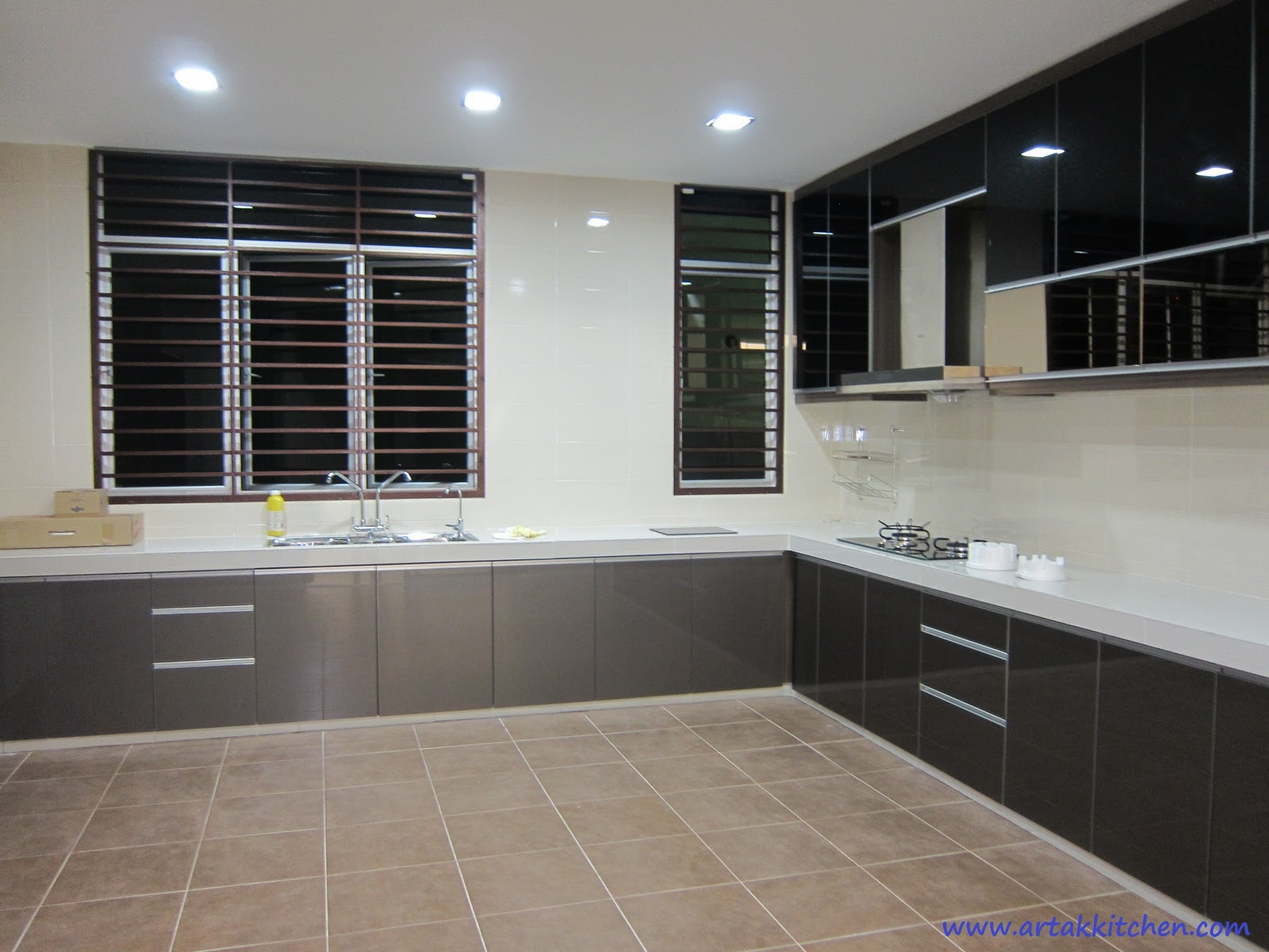 Intech kitchen sdn bhd new kitchen cabinet design for Kitchen cabinets 4g