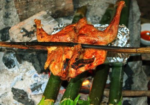 Buôn Đôn Grilled Chicken with Lam Rice (Cơm Lam Gà Nướng)3