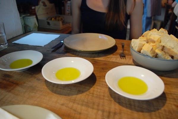 Olive oil at La Oliva