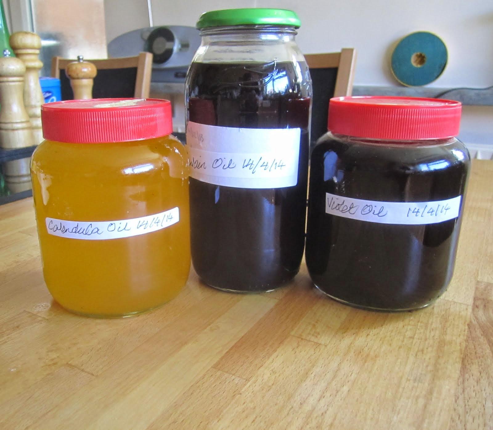 Favour oils