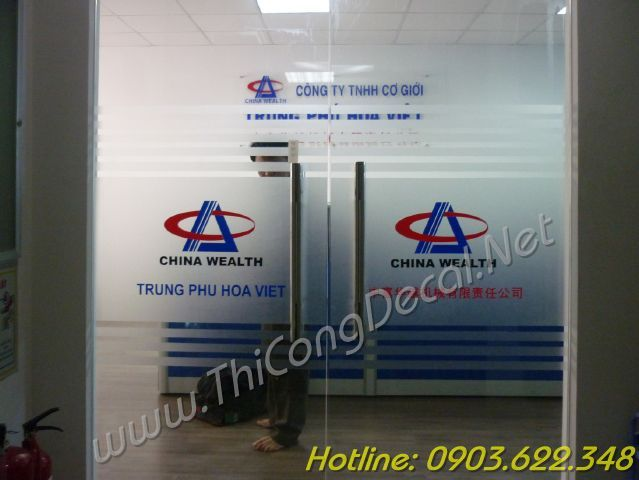 dán decal mờ in logo