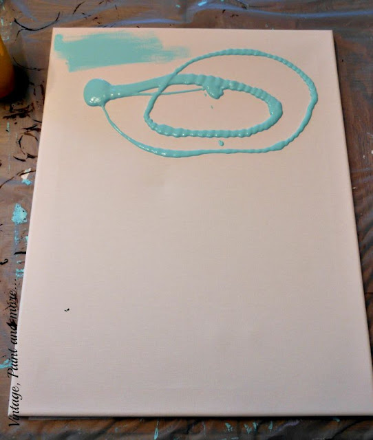 Vintage, Paint and more... DIY Dorm Art - painting a canvas for a college dorm