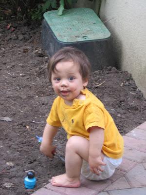 baby diaper sag
