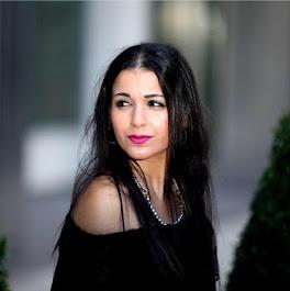 Glamorous Actress Melanie Varnavas Page