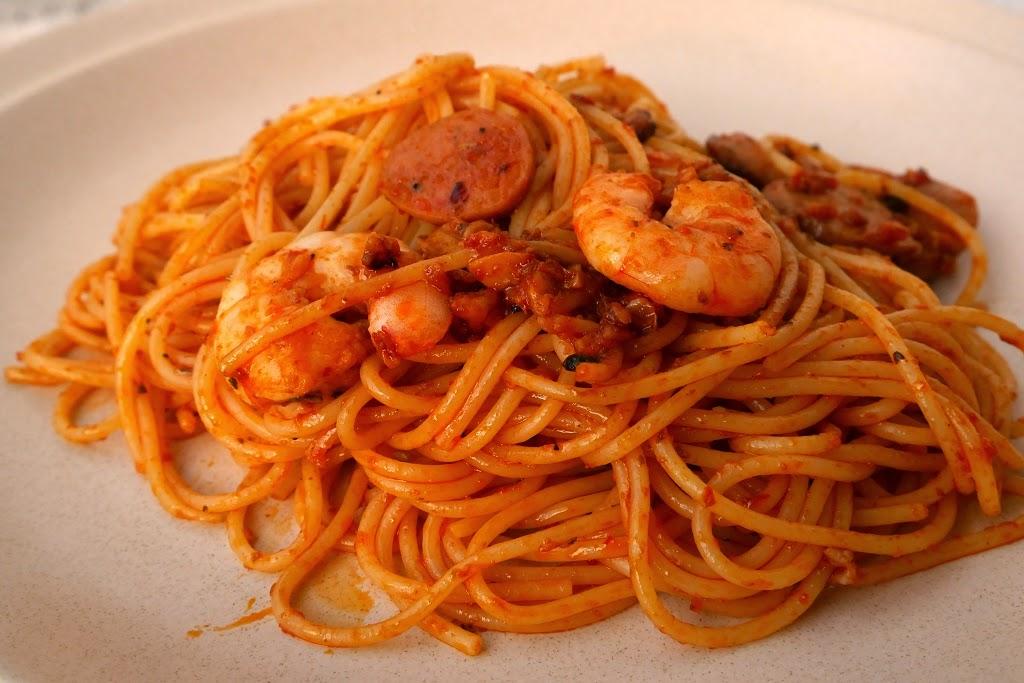 炒东炎意大利面 fried tomyam spaghetti