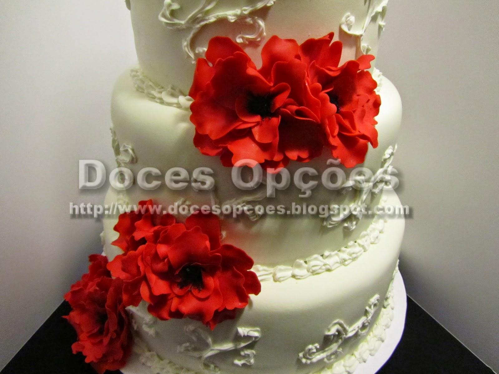 bolo casamento decorado com flores pasta açucar
