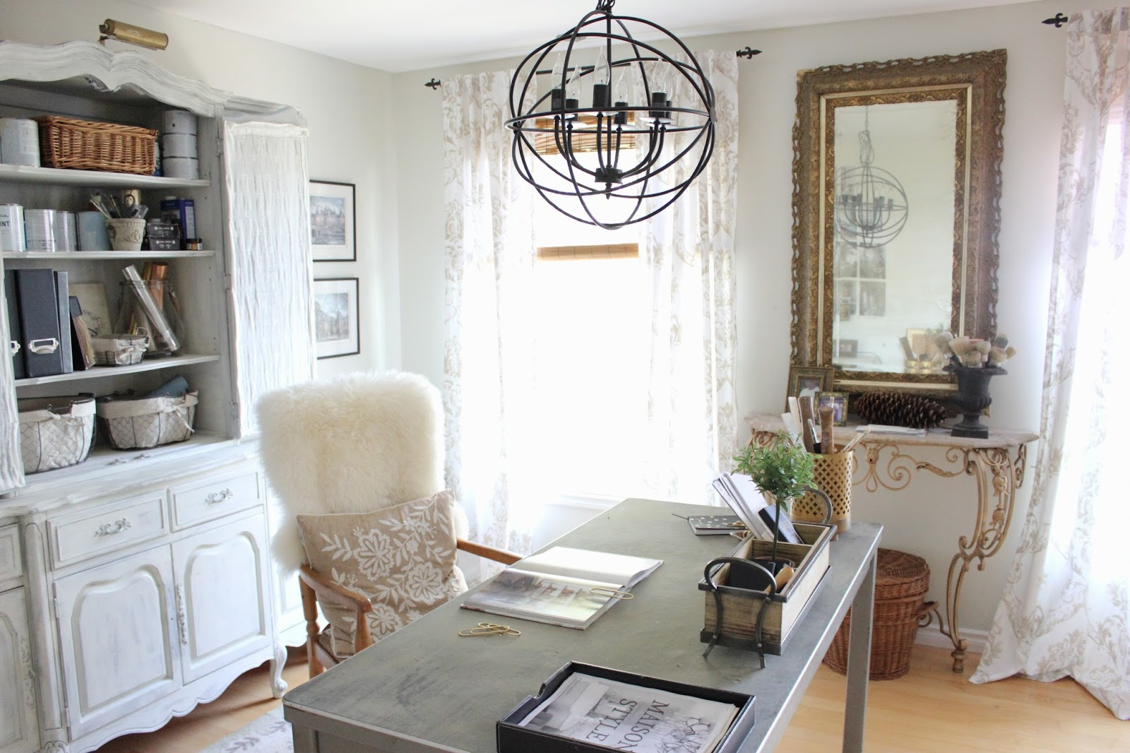 Maison decor organize it gorgeous my new home office is rustic gold glam - Decoration bureau maison ...