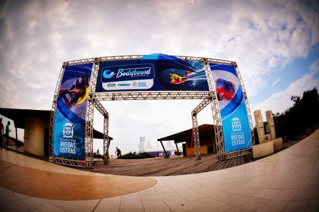 Rio das Ostras sedia abertura do Circuito Brasileiro de Bodyboarding