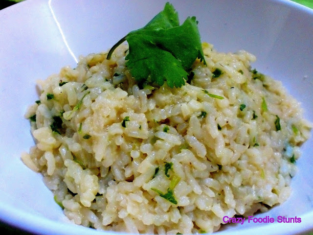 Crazy Foodie Stunts: Cilantro-Lime Rice for a Citrus #SundaySupper
