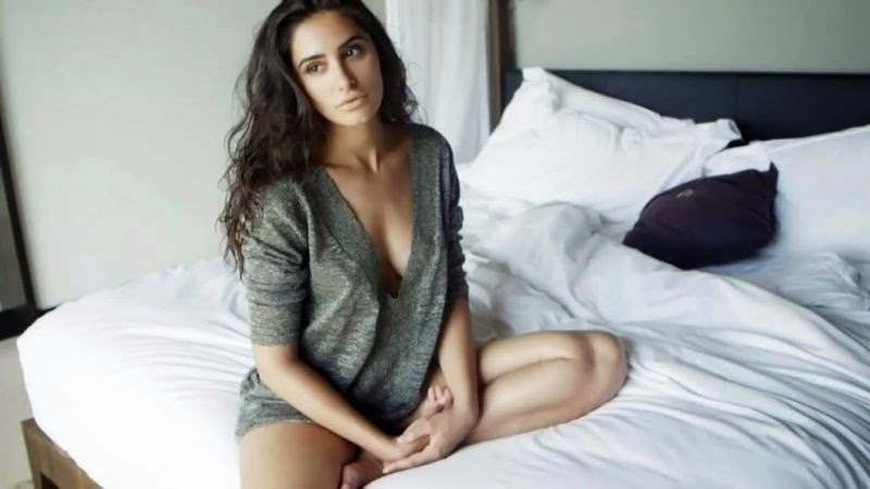 Nargis Fahkri's Hottest Unseen Biggest Photo Collection Gallery,Nargis Fahkri Hot Pics on bed