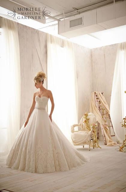Atractivos vestidos de novias | Coleccion Mori Lee