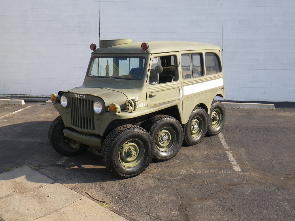 rubicon4wheeler: Willys Jeep 8x8 Creation