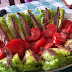 Cogollos con Tomate y Anchoas de Santoña