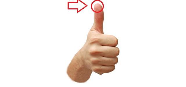لن تصدق ماذا سيحدث لجسمك إذا نفخت في إصبع يدك الإبهام !!!