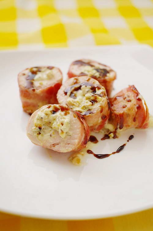 Rolled Pork with Chicken Meat - Ba Rọi Cuộn Thịt Gà