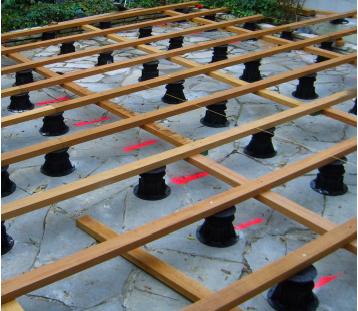 Conception d 39 une terrasse en bois choix de la fixation for Fabriquer une terrasse en bois sur pilotis