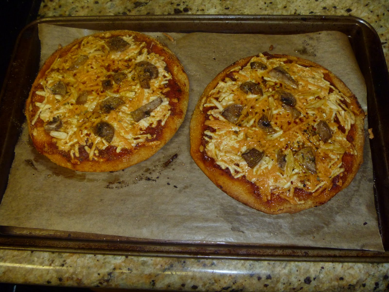 how to make gooey cheese pizza