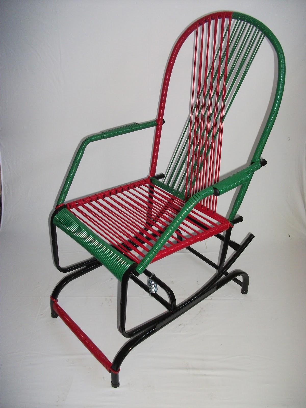 CADEIRAS DE BALANÇO: Cadeiras De Mola #83222D 1200x1600
