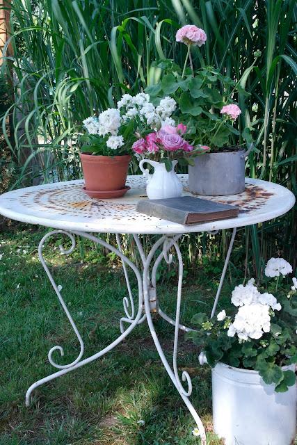 Shabby Chic Garten Tisch