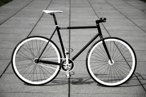 fixed gear bike. Why have fixed gear bikes