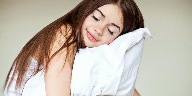 Cantik : Cara Tampak Cantik DAn Segar Saat bangun Tidur
