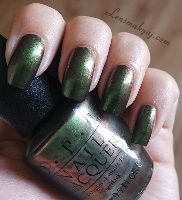 OPI Green on the Runway
