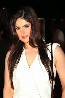 Zarine Khan Glamorous White Top and Black Trouser at Movie Jobs Premiere at Cinemex