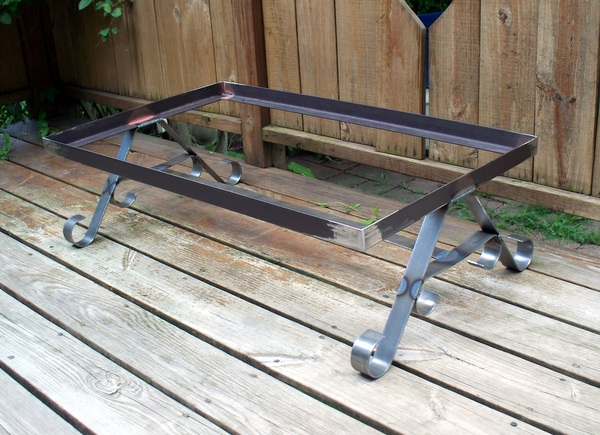D c metal designs old trunk coffee table stand for Other uses for a coffee table