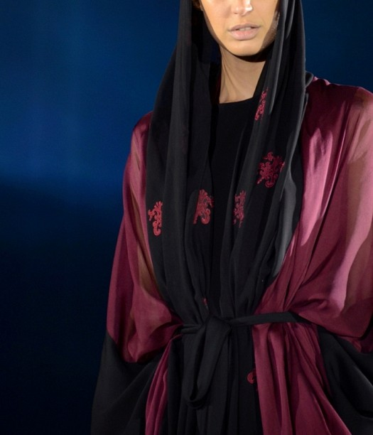 عبايات 2013 - عبايات عصرية 2013 - عبايات اماراتية 2013