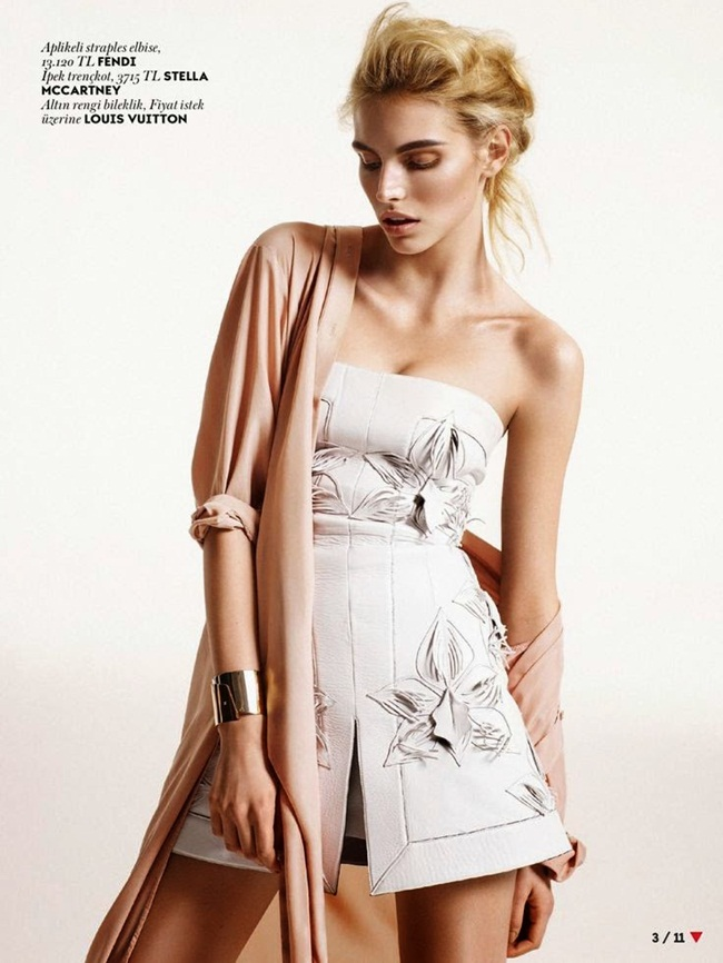 Fendi 2015 SS White Mini Leather Bustier Dress With Embroidery Editorials