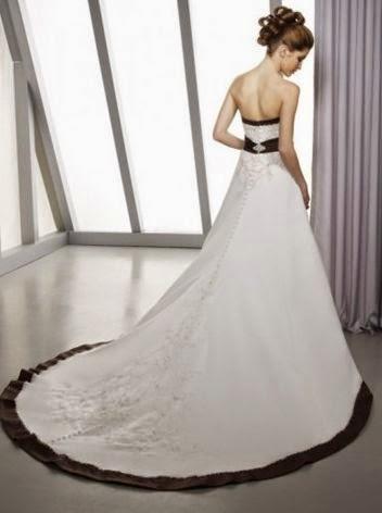 Vestido de Novia con Apliques en Pecho, Cintas Negras y Falda A