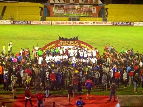 Persib Bandung Juara Piala Wali Kota Padang 2015