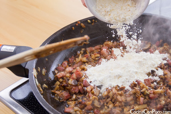 Croquetas de setas y bacon - Receta paso a paso sin gluten