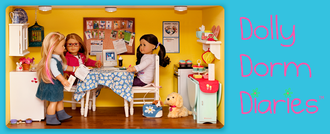 Dolly Dorm Diaries ~ American Girl Doll House Doll Diaries Blog