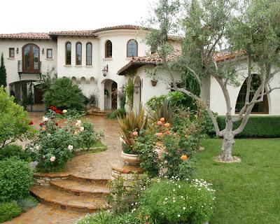 Desain Rumah Gaya Spanyol 1