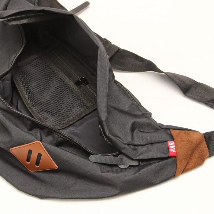 RARE CLOTHING AUTHORISED DEALER : RARE POUCH SLING BAG